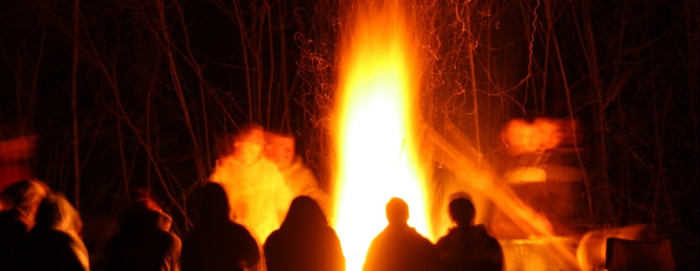 © Zedster | Dreamstime.com - Fire With People Sitting Around Photo